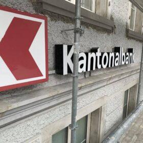 Glarner Kantonalbank Gerüst - Isufi Gerüste AG